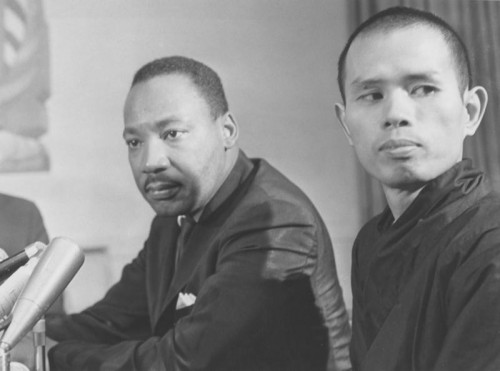 Rev-Martin-Luther-King-Jr-meets-Thich-Nhat-Hanh