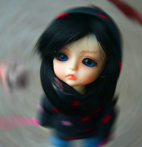 doll_lonely