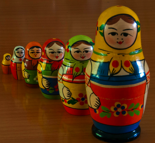 russian nesting dolls, matryoschka dolls