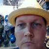 robert_straw_hat