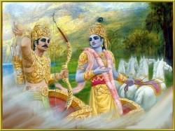 Arjuna reaches for arrow