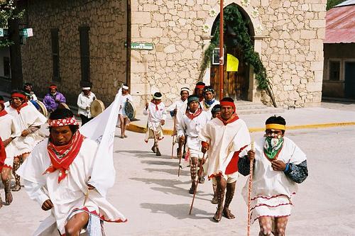 Tarahumara Runners by StarObs