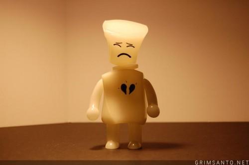Broken Heart Robot is Lonely