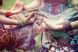 meditation,meditation,circle,yoga,circle,dresses,hippies-5ea91cf603c5626ce5ed281ef84712ec_h_large