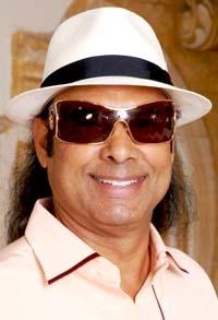 Bikram Choudhury (bikramyoga.com)