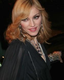 http://commons.wikimedia.org/wiki/File:Madonna_en_Chelsea.jpg