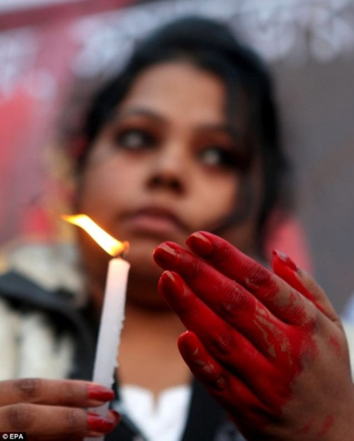 Indian-gang-rape-victim-takes-turn-worse-doctors-reveal-23-year-old-students-organs-failing