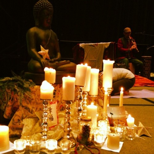 26 candles were lit at off the mat into new jersey to honor the victims of Sandy Hook Elemetary