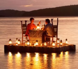 valentine's day romance dinner date