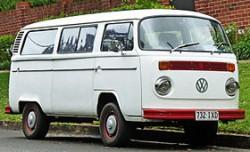 http://upload.wikimedia.org/wikipedia/commons/thumb/5/5d/1973-1980_Volkswagen_Kombi_%28T2%29_van_01.jpg/280px-1973-1980_Volkswagen_Kombi_%28T2%29_van_01.jpg