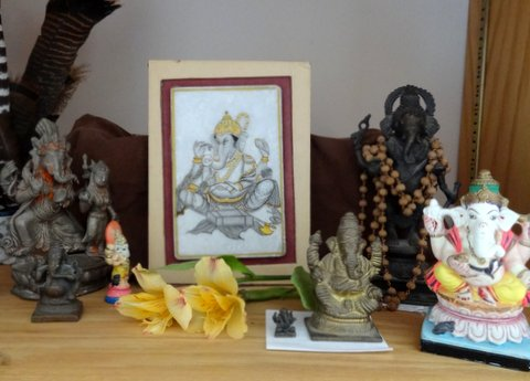 Ganesha altar [Elaine Mansfield]