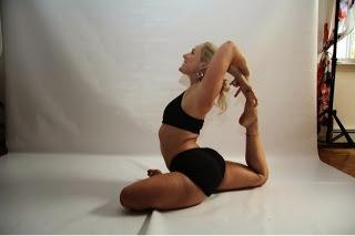 Candice Hammack Yoga2