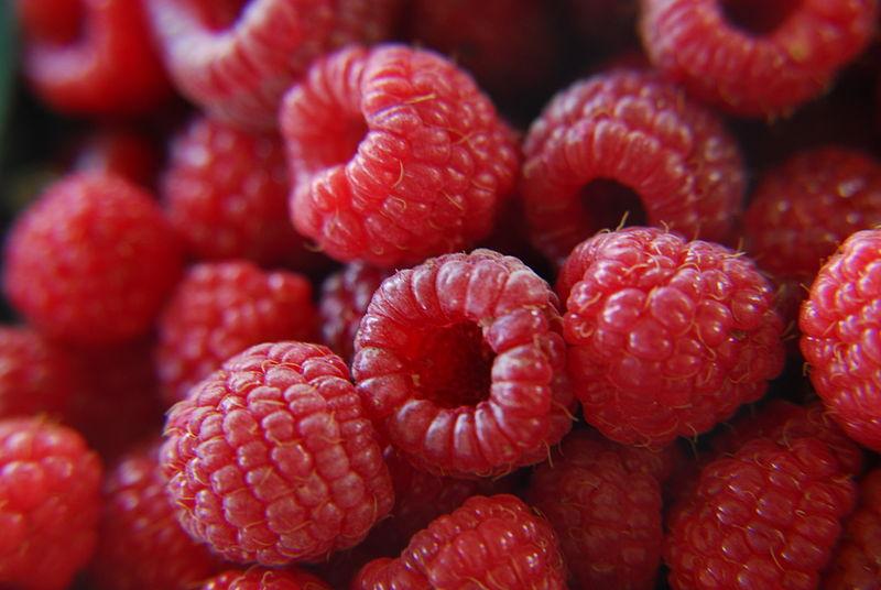 raspberries fruit red
