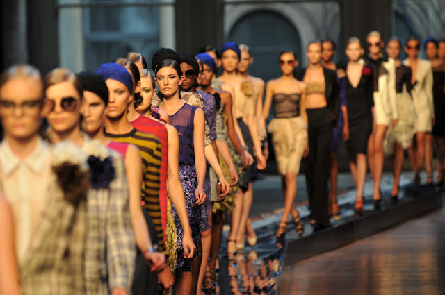 How To Make Money In Fashion Industry