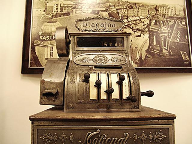 cash register money business
