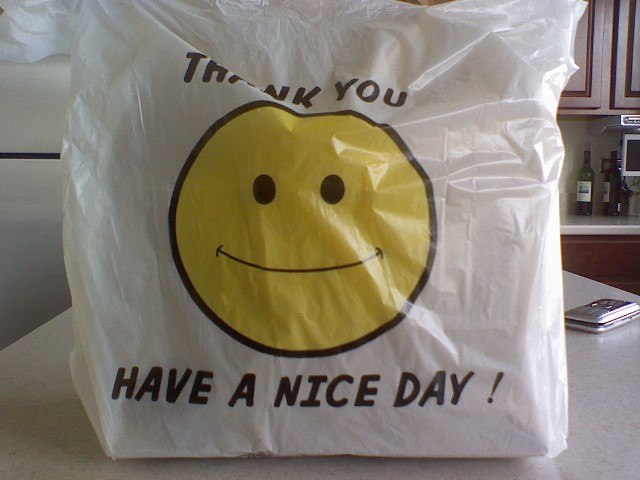 Have_a_nice_day_and_smiley_face_bag