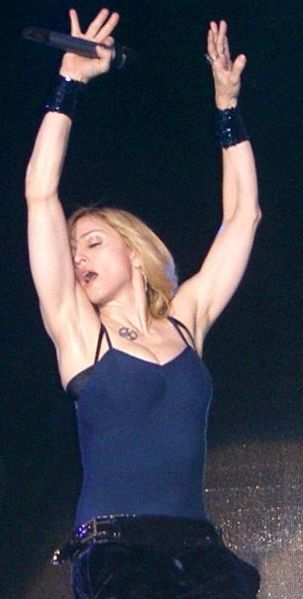 Madonna_at_Coachella_2006
