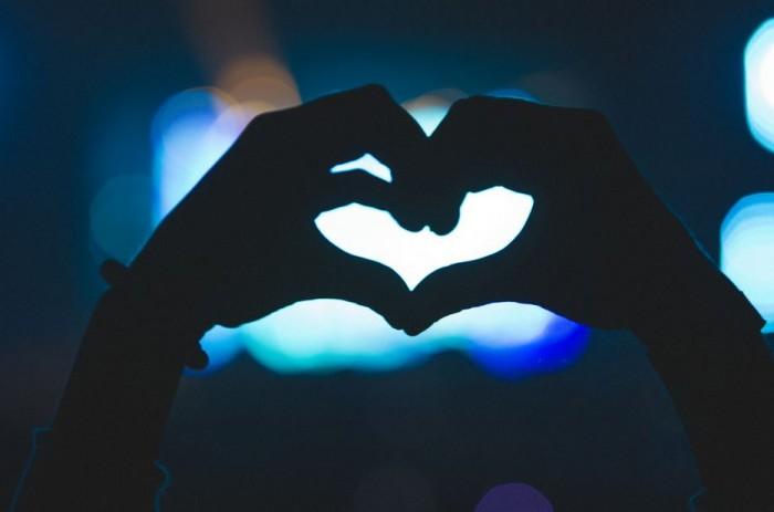 heart hands @ veld