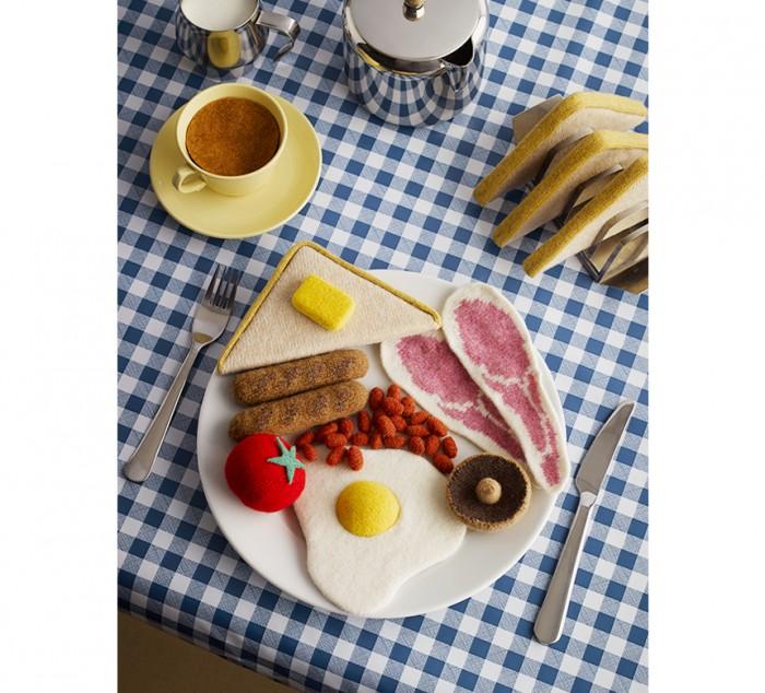 knitted_breakfast_jessica_dance01_860