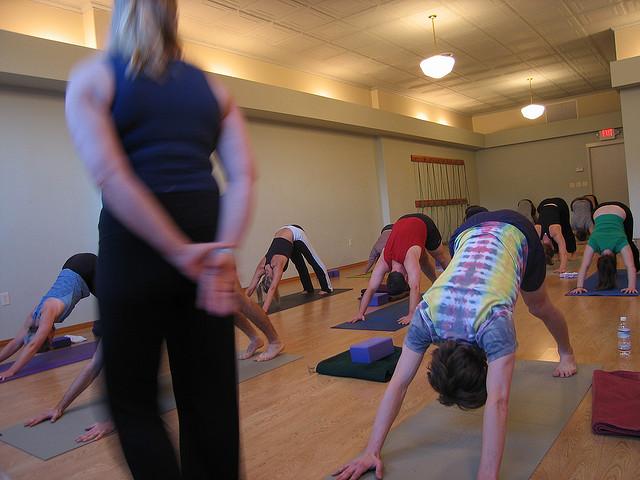 yoga class teach