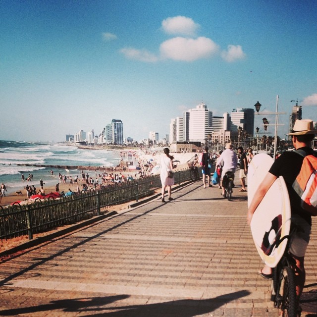 beach telaviv surfing