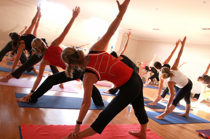 yoga class wiki commons