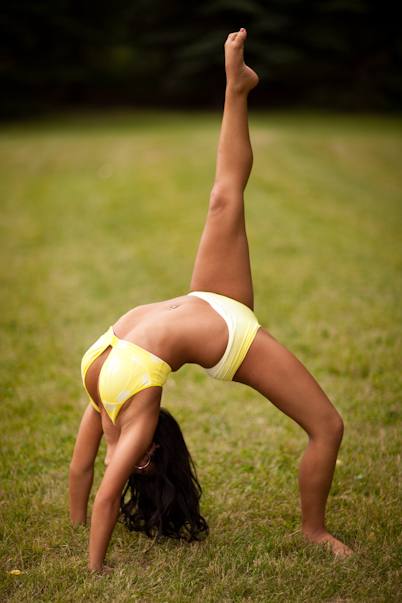 Lululemon_Yellow_Yoga
