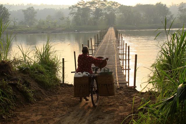 expectations bridge water bike