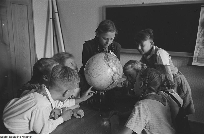 kids globe classroom education globalization