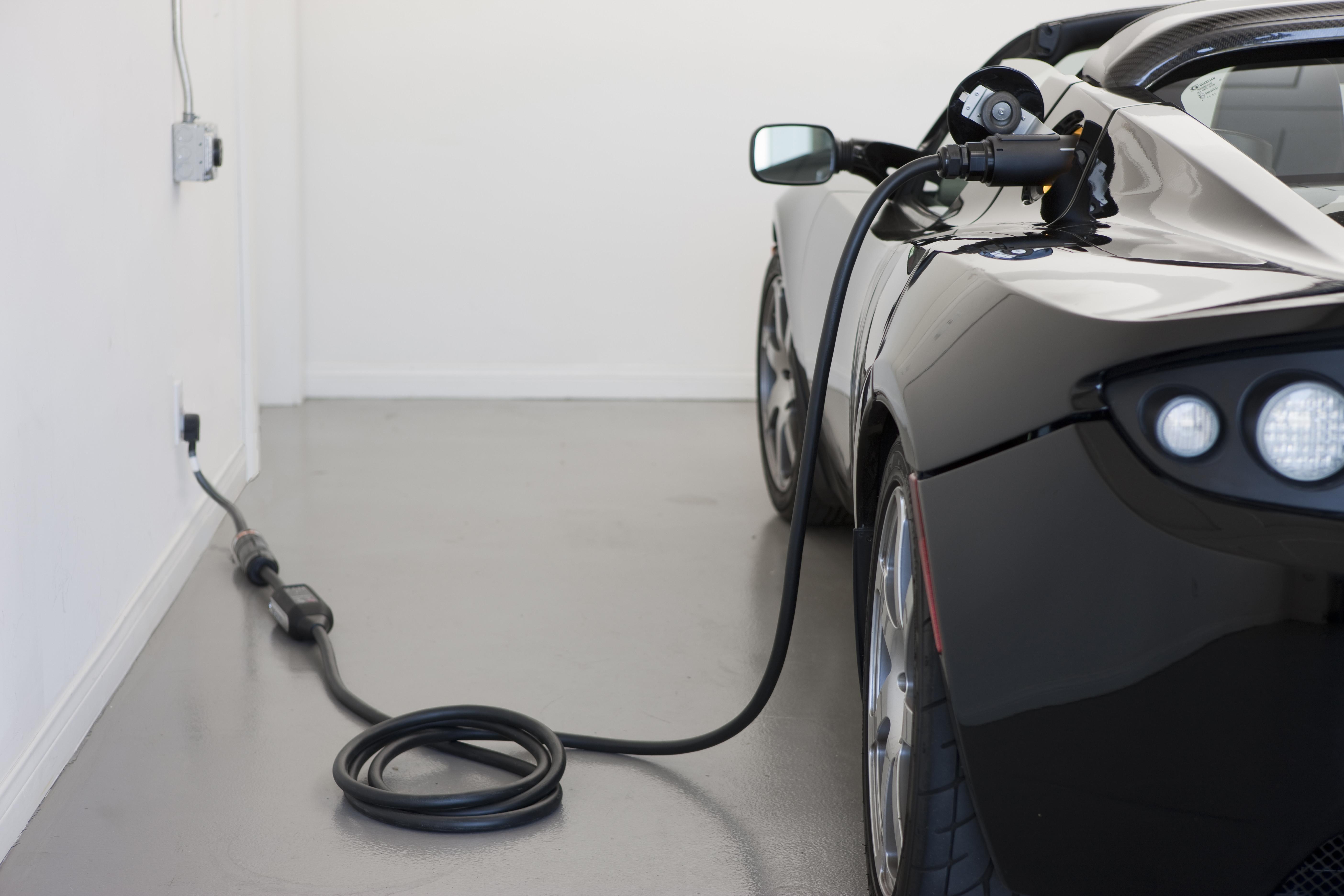 Tesla Roadster electric car