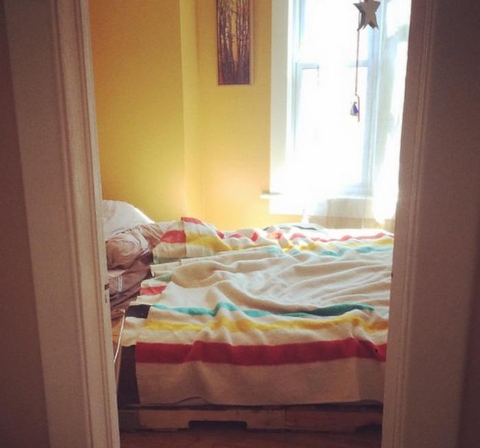 waylon lewis bedroom sleeping tips