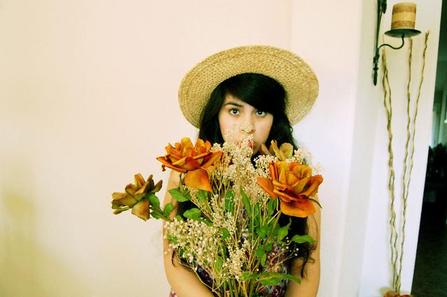 girl flowers hat