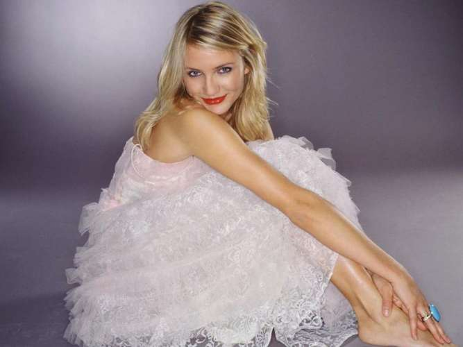 Cameron diaz having sex in a wedding dress