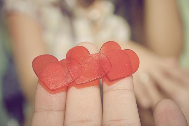 heart finger love