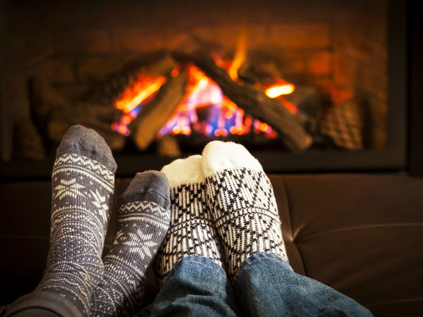 decor-ideas-for-winter-fireplace_138501072300