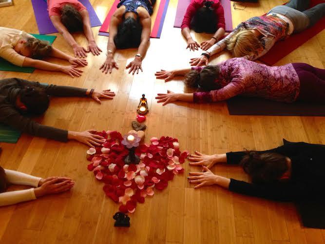 kirsten yoga pic
