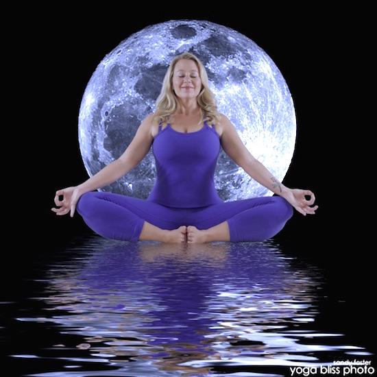 yoga moon
