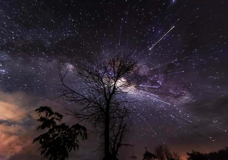 http://www.pixoto.com/images-photography/landscapes/starscapes/exploded-milkyway-4862674114445312