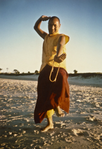 (15929_pr.psd) Lama Yeshe dancing/debating on the beach after the month-long course at Chenrezig Institute, Australia, 1975. Photo by Annila Ann.