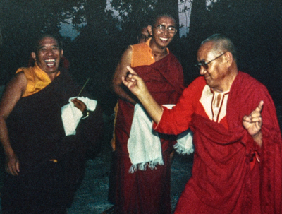 (21955_pr-1.psd) Lama Yeshe bounced into Istituto Lama Tzong Khapa wearing his new red caftan from Egypt. He jumped out of the car and boogied across the courtyard, fingers snapping, while Geshe Jampa Gyatso and many of the ILTK residents laughed and laughed.