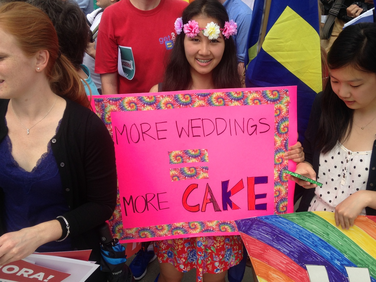 gay cake wedding marriage