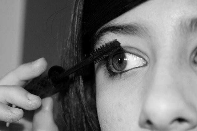 mascara face eyeliner