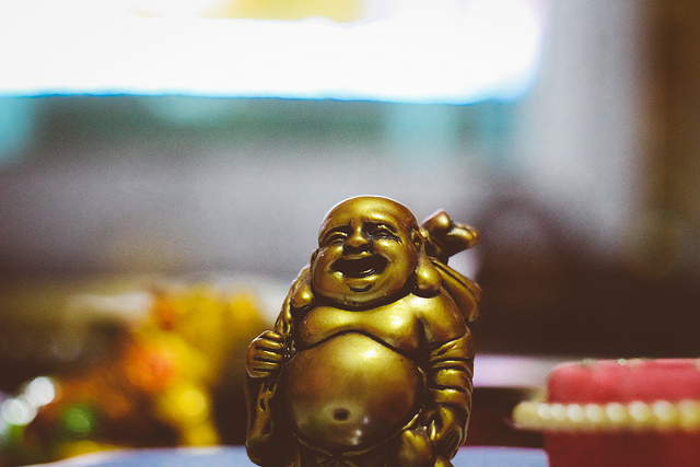 happy laughing buddhism