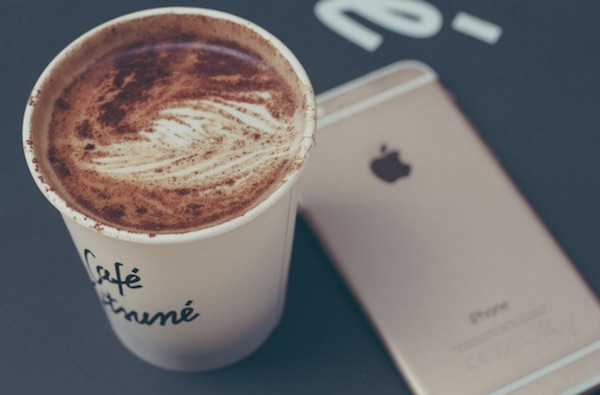 coffee to-go cup iphone