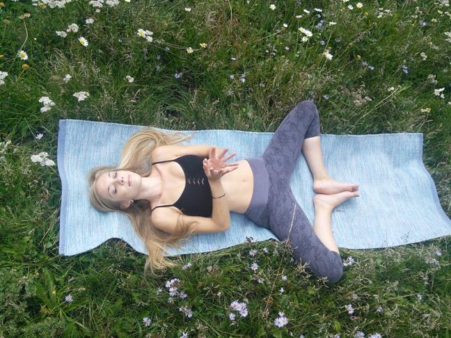 R.Carlevale Yogasana Water Mat 8