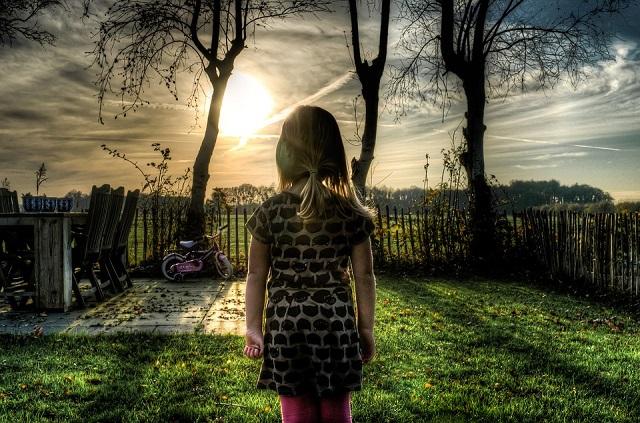 Pixabay: https://pixabay.com/en/girl-bicycle-garden-people-outdoor-535251/