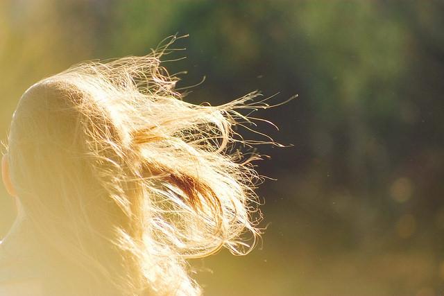 hair wind girl mess