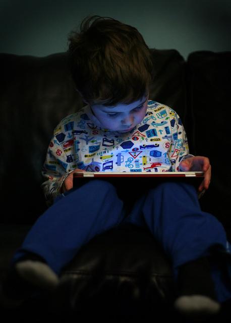 kid watching tv child screen media device internet