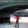 Man walks on water (River Thames)!!!