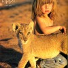 Stunning Photos of Little Girl Who Grew Up With Animals in Africa.